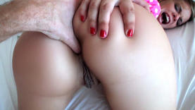 pretty milfs taking cock in her ass