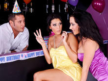 Jayden Jaymes, Dylan Ryder & Danny Mountain in 2 Chicks Same Time